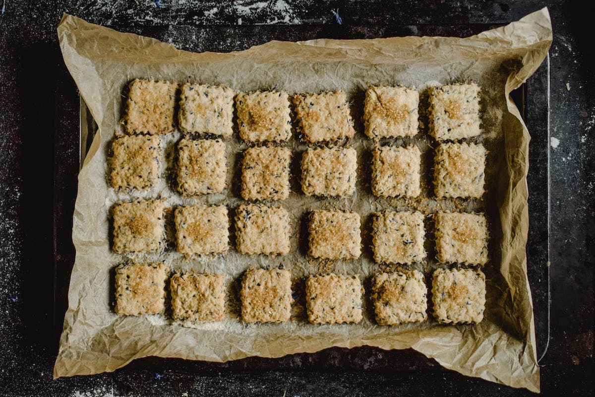 4 Low FODMAP Holiday Treats that Disappear the Day You Bake Them